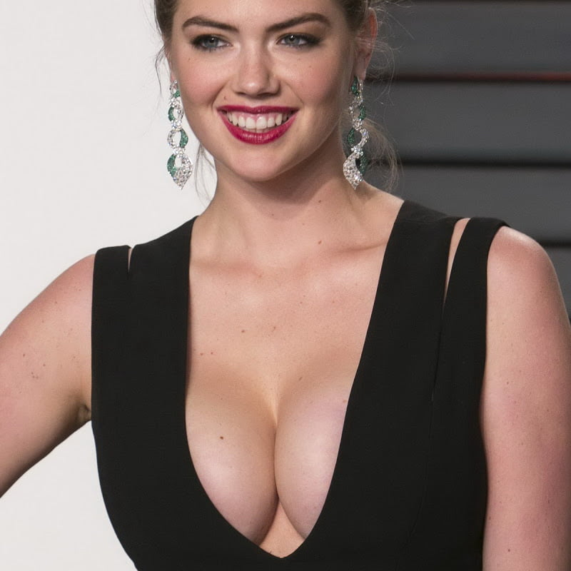 Kate Upton huge cleavage on 2016 Vanity Fair Oscar Party 18x UHQ photos